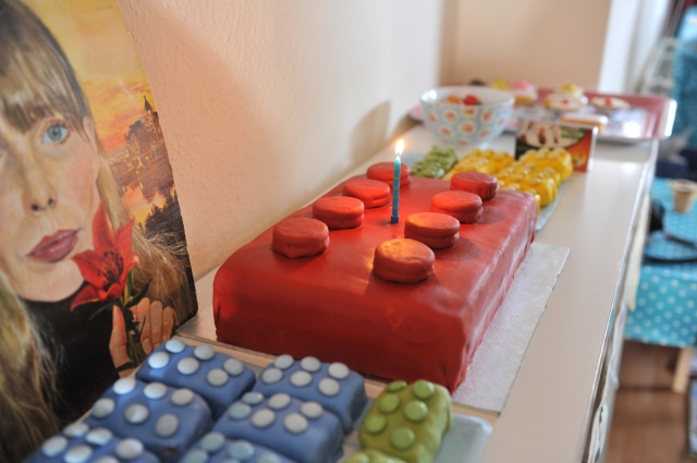 Lego Cakes (some more impressionist than others)